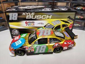 Kyle Busch #18 M&M's 2008 Camry Liquid Color 1:24 Scale Platinum Series (NEW)