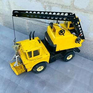 Vintage Early 70's Metal Mighty Tonka Mobile Crane Truck with Clam Shell Bucket