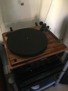 SEE Revolver Rosewood Turntable 2 Speed Belt Drive