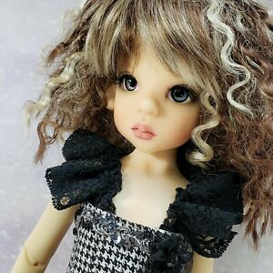 Kaye Wiggs Beautiful Layla 18 Inch BJD with Face Up, Outfit, Wig and Shoes