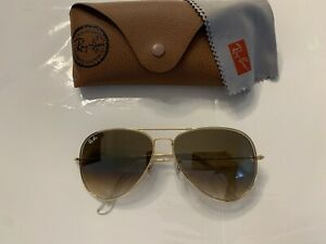Ray ban aviator sunglasses ,3026, 62 mm large, Gold Frame/ Brown Gradient Lens.