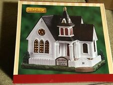 Lemax 2019 Hillcrest Community Church #95487 Authentic Colonial Style