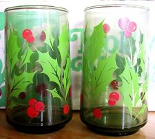 TWO - ANCHOR HOCKING Holly Wreath 12 oz GREEN Christmas Holiday Glasses Tumblers