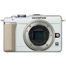 Excellent! Olympus E-PL1 12.3MP Body White - 1 year warranty