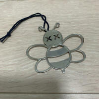 "Dior × Kaws "" BEE "" Charm Kim Jones Limited DIOR HOMME Novelty Japan Rare"