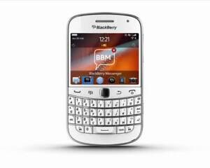 BRAND NEW BLACKBERRY 9900 BOLD UNLOCKED PHONE - WIFI - MP3 - BLUETOOTH