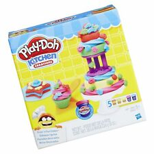 Play-Doh Kitchen Creations Frost 'n Fun Cakes Kids Pretend Play Toy