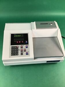 Cecil Instruments Scanning Spectrophotometer 3000 Series