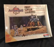 vtg nasa Model moon Monogram Astronauts Lunar Landing UNOPENED Priority Mail