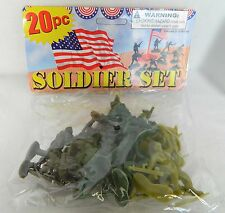 NEW 20 piece Plastic Army Soldiers Play Set