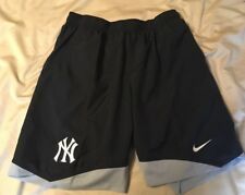 New York Yankees Nike DRI-FIT Shorts New With Tags Size Large