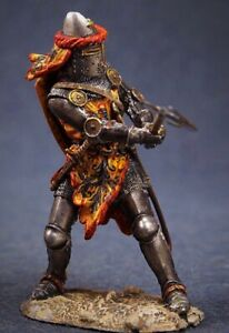 Tin toy soldier 54 mm Superb Elite painting in St.Petersburg.Knight with an Ax