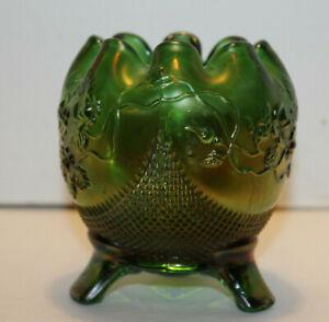 Carnival Glass Egg With Ruffled Edge / 3 Legs