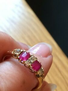 Vintage 4 stone Diamond & 2 stone Ruby engagement/ Eternity gold ring 3.1g boxed
