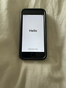 Apple iPhone 7 - 32GB - Black (O2) A1778 (GSM)
