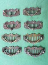 8 (4 + 4) poignées pendantes sur plaque laiton meuble tiroirs 8 & 9 cm ancien