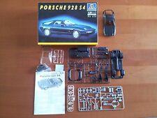 Kit Italeri N. 656 Porsche 928 S4 Scala 1/24 Set Plastic Hobby Model Maquette