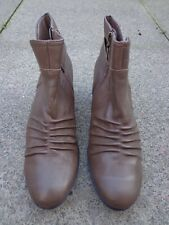 BNWT LADIES M&S FOOTGLOVE RANGE LEATHER TAN ANKLE BOOTS SIZE 8 R/PRICE £55
