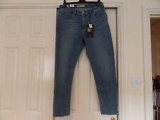 Levi 310 Shaping Super Skinny Plus Size Jeans Size 16W BNWT