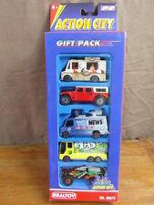 (S3) REALTOY ACTION CITY / BOXED COFFRET x 5 CARS VOITURES 1/55e genre MAJORETTE