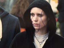 Autographed Rooney Mara 8x10 Girl with the Dragon Tattoo