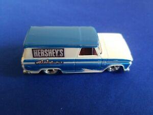 2011 Hot Wheels Nostalgia 64 GMC PANEL Hershey's Miniatures LOOSE