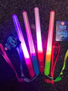 4 x Flashing Glow Stick LED Wands Party Rave Batons Light Up D Sticks Kids Toys
