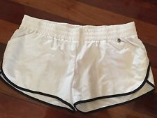 Lorna Jane Womens White Game Changer Shorts Size 12-14