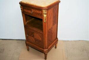 Table chevet Louis XVI. Marqueterie acajou, bois de rose. Marbre, bronzes. H:80