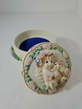 """Dreamsicles """"A Hug from the Heart"""" 1996 Collector Music box Hamilton Collection"""