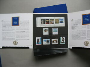 FINLAND, spec. issue folder with art stamps MNH