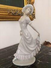 Grande statuina di porcellana Nao by Lladro'