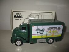 GMC INSULATED VAN 1952 O'DOUL'S OASIS 19-1352 FIRST GEAR SCALA 1:34