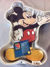 MICKEY MOUSE Cake Pan WILTON stock #2105-3601 w/ insert 1995 Full Body Waving