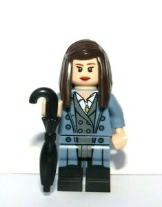 LEGO Female Girl Flesh Minifigure Brown Hair Umbrella Suit Business Office