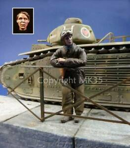 1/35 scale WW2 French tank commander France 1940. Supplied with 2 heads