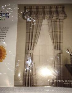 NWT Gray Springmaid 2 Panels Curtains Hampton Plaid Grey 80x84