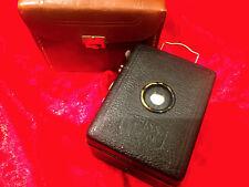 Kleine Zeiss Ikon BOX mit Tasche  - ansehen ! Sehr schön ! Classic-Camera-Store