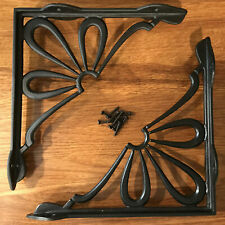 Cast Iron Daisy Shelf Brackets (Pair)