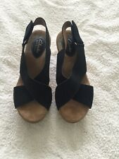 Clarks Artisan Black Wedge Sandals Size 3