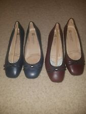 Naturalizer N5 comfort shoes women's size 6WW Burgandy and Blue