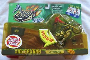 MXS Road Champs toy Yamaha motorcycle Bryan McGauran Series 2 new on card 2000