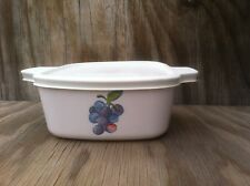 Corning Ware Corelle Dishes Fruit Too 1.5 Ltr Casserole Dish W/Rubber Tight Lid