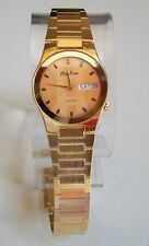 Gold finish men's day and date casual or formal wear fashion wrist watch
