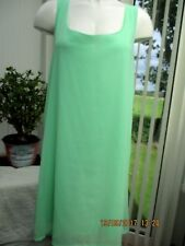 ladies size 16 pale green summery dress fully lined