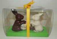 NIB Hallmark White Milk Chocolate Like Bunny Rabbit Easter Salt & Pepper Shakers