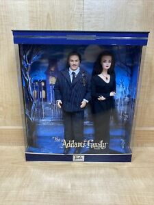 BARBIE & KEN THE ADDAMS FAMILY GIFT SET *NEW*