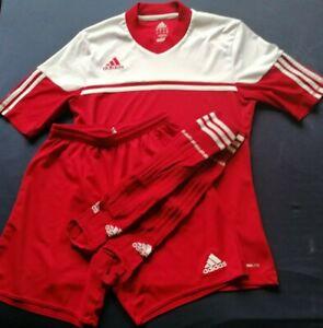 Adidas Trikotset Gr. S rot / weiß
