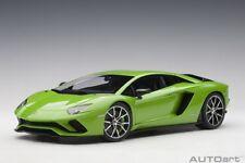 Autoart 79133 - 1/18 LAMBORGHINI AVENTADOR S 2017 (verde Mantis/PEARL GREEN)