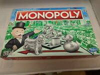 MONOPOLY BOARD GAME CLASSIC EDITION FAST MOVING GAME OF FINANCE/ DEALING